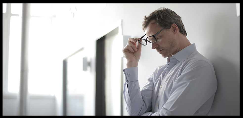 photo-of-man-holding-black-eyeglasses-3760137