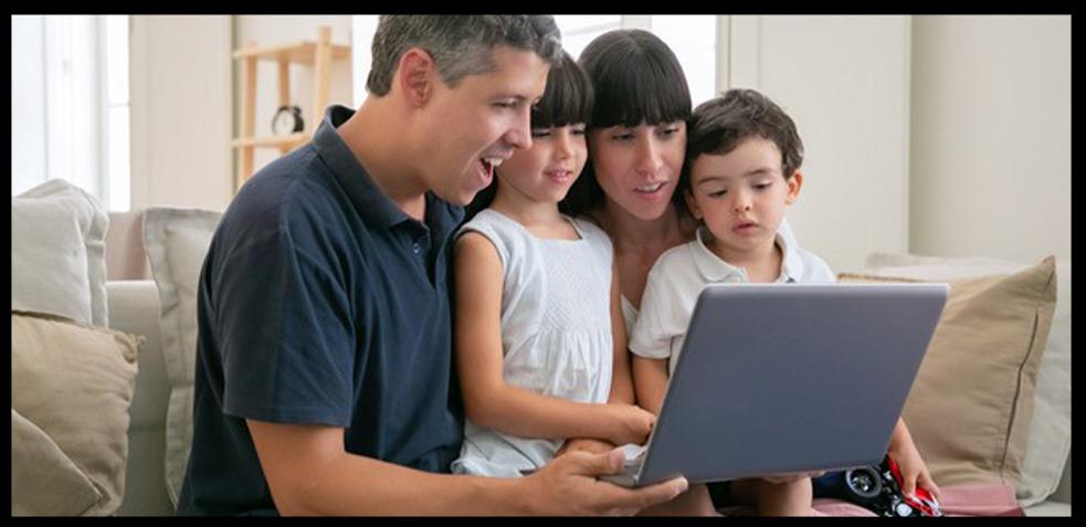 Pasar-tiempo-en-casa-con-la-familia